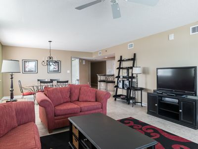 Photo for Blue Water Keyes -  607 Beautiful, spacious 4 bedroom condo!