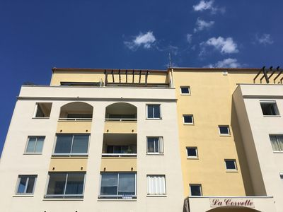 Photo for Quiet and bright family apartment at 4 min walk to the beach