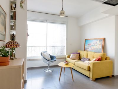 Photo for Modern 2 BR in Florentine