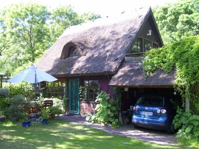 Photo for Thatched cottage in the national park between forest, meadows and Bodden