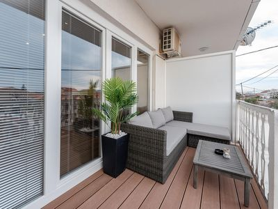 Photo for One bedroom apartment with terrace and sea view Sukošan (Zadar)