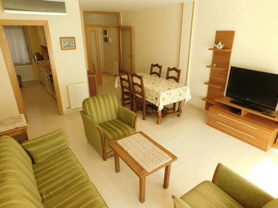 Photo for Modern apartment with parking in Roses, Costa Brava