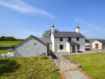 Photo for Grade II listed house offering 5 star accommodation just 3 miles from Conwy and Llandudno, two of No