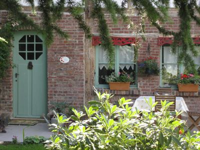 Photo for Delightful Normandy traditional cottage, 30 km from Rouen  near beech forest,