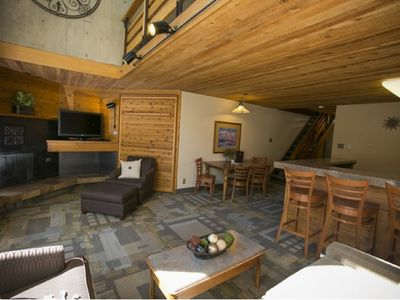HUGE Discount Iron Blosam Condo - Ski-in Ski-out January 18-26 ONLY - Sleeps 8