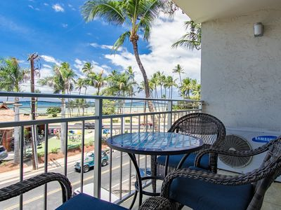 Photo for Mike's Vacay2Maui Oceanview Condo Moments to the Beach and Restaurants