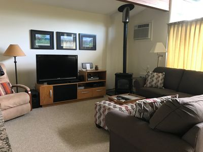 Photo for Stowe, Vt - 2 BR / 2 BA Vacation Condo (Mountain Road)