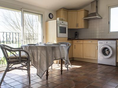 Photo for New mod cons et quiet T2 in Provencal farmhouse in countryside, fully equipped