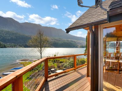 Photo for Gorgeous lakefront home with full amenities available - You'll love it!