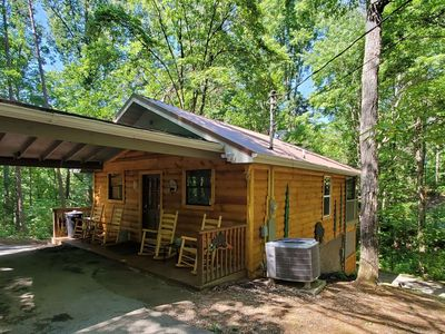 Photo for 10% BACK TO SCHOOL SPECIAL 3 night min. till 8/29 Remodeled! Fishing Pond, Pool Table & WiFi