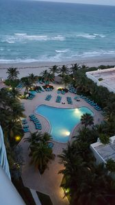 Photo for Ocean View Ocean Front 1BR/1BA Best Price. Right on the Beach