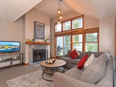Spacious + Bright Townhome. NEWLY Furnished + Renovated; Perfect for Winter or Summer