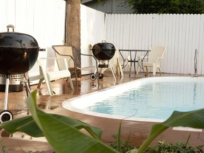 Photo for Cozy Bungalow A Short Walk to Beach w/ Free WiFi, Duplex Pool & Near Downtown