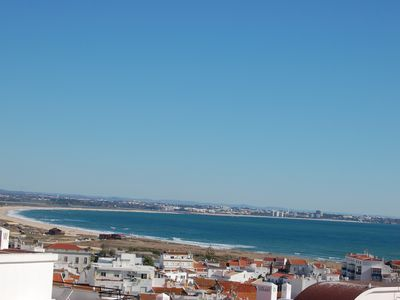 Photo for Top floor 2 bedroom apartment with stunning sea view & pool.