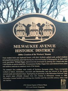Unique Minneapolis Neighborhoods protected by Historic Society. Walking alley