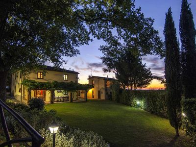 Photo for Charming villa (sleep 15) with garden and pool in Tuscany