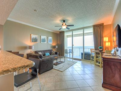 Photo for Beautifully decorated 1 bedroom at Palazzo, #1704, includes beach service!