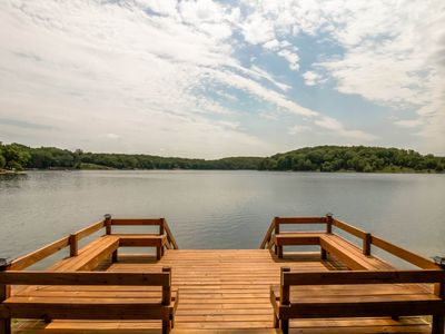 Photo for New Luxury Lakeside Retreat In The Heart Of Innsbrook ~ 150 Acre Lake Aspen!