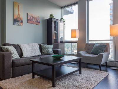 Photo for ★Modern 15th floor Condo / Downtown / 17th Ave!★