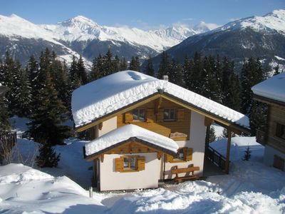 Photo for Luxurious, detached chalet next to the 4 Valleys ski area, with Hot Tub + Sauna
