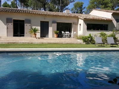 Photo for Villa near Aix without vis-à-vis, with swimming pool UV-chlorine-free, surrounded by nature