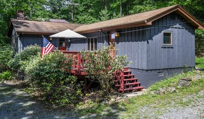 Photo for Quaint cottage with easy access to Deep Creek Lake & area activities!