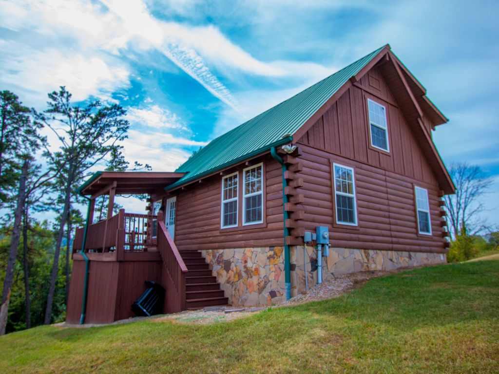 New lake front cabin great for boating fishing and for Fishing cabins in tennessee