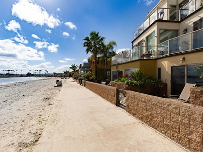 Photo for Amazing property on the sand in Mission Bay