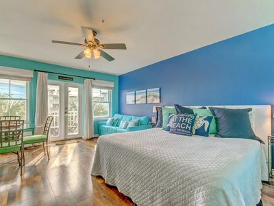 Photo for Airy condo w/ great location close to the beach w/ shared pool and tennis!