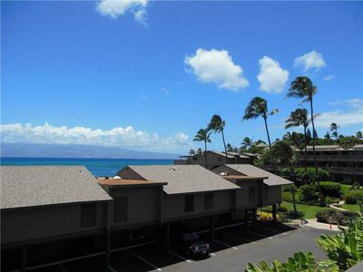 Photo for Kahana Sunset E6: 2 BR / 2 BA condo in Lahaina, Sleeps 6
