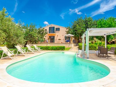 Photo for Villa Ginevra: Large Private Pool, A/C, WiFi