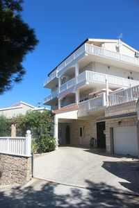 Photo for Apartment 5-8 people large terrace with sea view Heated pool and fitness
