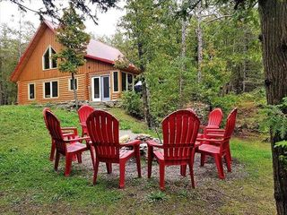 Forest View Log Cabin - 1009