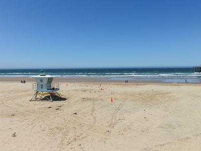 Photo for Fun beach retreat with free WiFi and a location close to the beach!