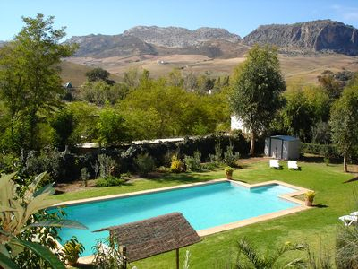 Photo for Cozy house with shared pool of 6 m by 12 m just 5 km from Ronda