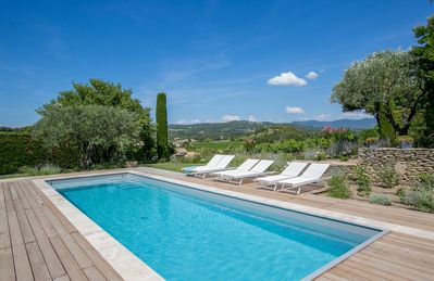 Photo for Charming Mas Provençal very quiet at walking distance from the center of Vaison