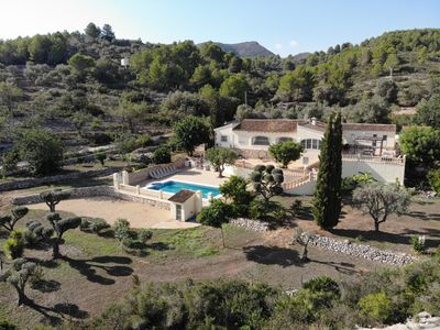 Photo for Rural villa with private outdoor pool, separate annexe and vast outdoor spaces