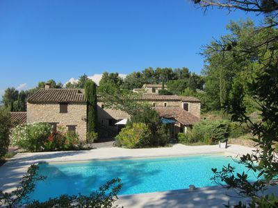 Photo for Isolated farmhouse in Luberon Park on 5000 m² - 6 hp / 12 pers. large pool - WIFI