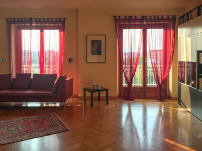 Photo for Welcoming bright and spacious apartment with views of the park and mountains