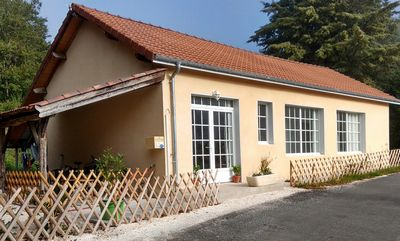 Quietly situated house in a valley behind Beynac Chateau