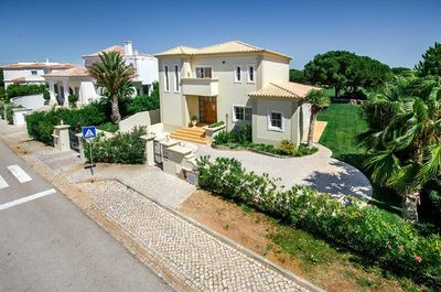 Modern Villa with Private Heatable Pool, WiFi and Air-Conditioning in Villa Sol L609 - 2