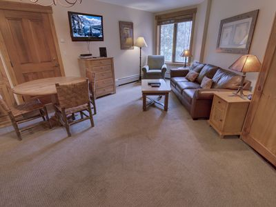 Photo for This studio is located at the Springs building, within 106 yards to the gondola! Restaurants and shops are just a couple of minutes away!