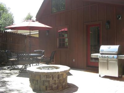 Private Backyard complete with Gas Fire Pit & Weber Stainless Bar-B-Que.
