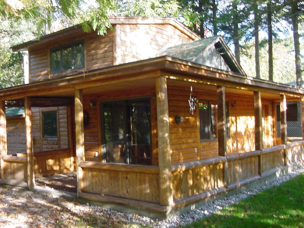 walthausen cabins square von be michigan x post illegal living can radio at the in rolf off photo foot their grid mari cedar northern cabin and