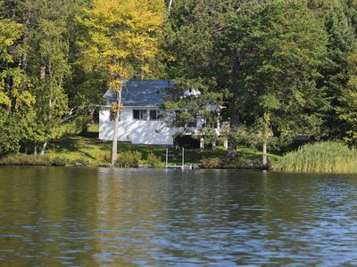 Photo for Horn Lake, Lakefront Cottage (4 Season), Burk's Falls