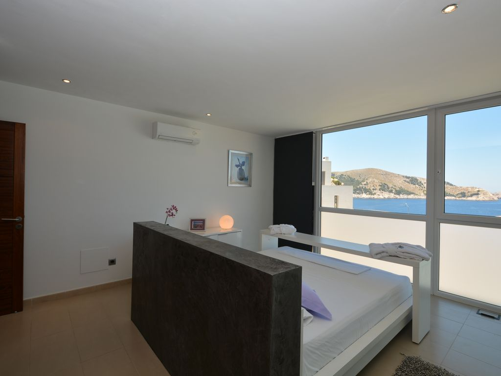 newly built apartment on the hills of cala ratjada with stunning sea view cala ratjada majorca. Black Bedroom Furniture Sets. Home Design Ideas