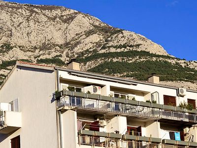 Photo for Apartment Ana in Makarska - 5 persons, 3 bedrooms