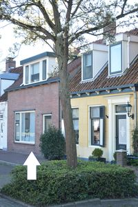 Photo for Holiday home with garden - in the center of the village - within walking distance of Veerse Meer
