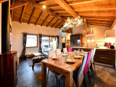 Photo for Comfortable chalet in Méribel Les Allues - 5 room chalet 8 people