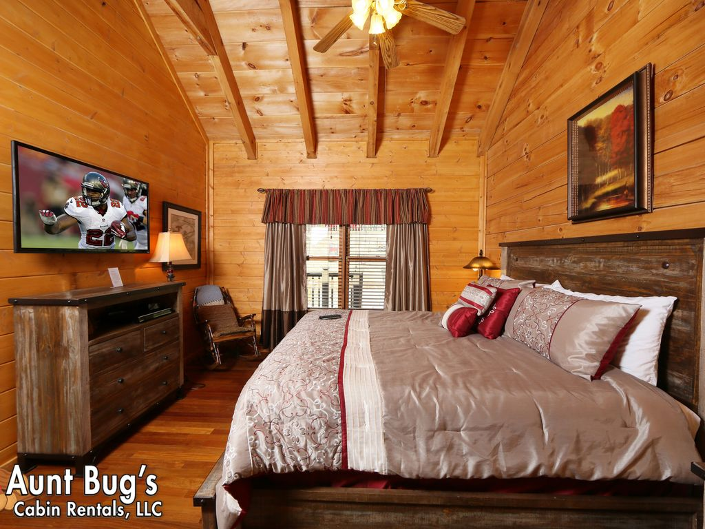 friendly cabins rental camelot bedroom pet cabin pigeon forge